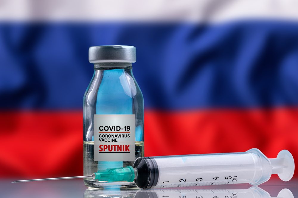 Fundo Russo afirma que eficácia de dose única da Sputnik é superior à de outros imunizantes. (Fonte: Shutterstock/Yalcin Sonat/Reprodução)